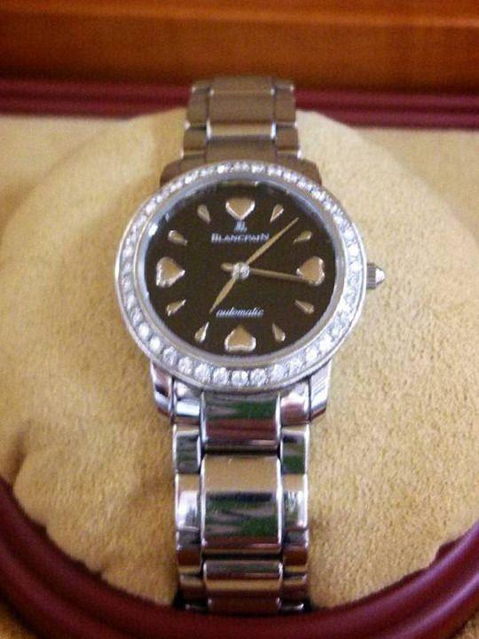 ★K様/ブランパン - レディーバード ☆文字盤の4つの♡に、自分の意志と想いを込めて!明るい未来と、さらなる頑張りのため、 ある人生の節目に購入しました。今振り返っても、買って良かったと思っています。  〝人生の節目に腕時計を〟