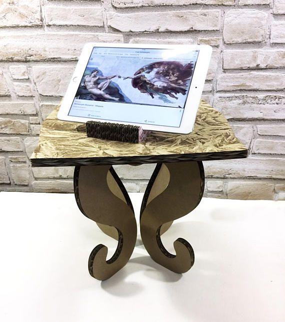 Fashion standing desk display design natural shop cardboard