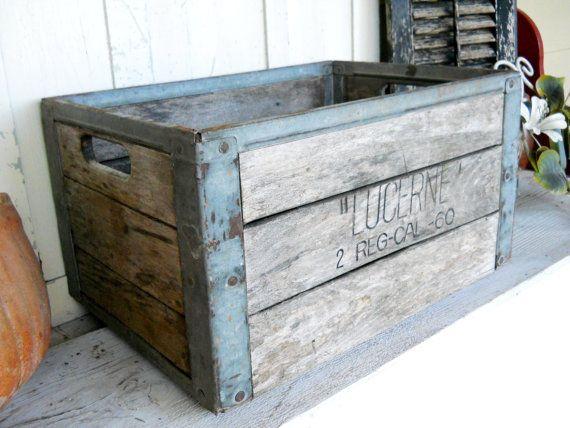 1000 images about crates vintage repurposed on pinterest. Black Bedroom Furniture Sets. Home Design Ideas