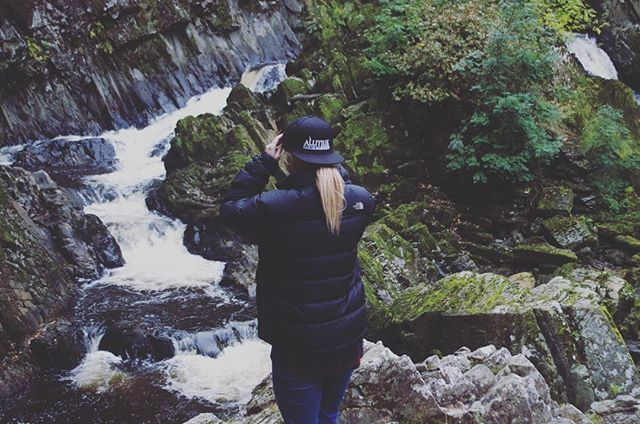 Take a M O M E N T to appreciate the B E A U T Y that surrounds you #photography #waterfall #gopro #dronestagram #drone #travel #explore #model #modellife #alutius #extremesports #snowboarding #wakeboarding #skiing #scooter #bmx #brand #snapback #adventureisoutthere #adrenaline #adrenalinejunkie #fitness #fitnessgirl #fitnessmotivation #fitnessjourney #fitspo #instalike #instafit #gym #outdoors