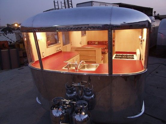 This has to be to absolute coolest vintage RV renovation I have ever seen.  1946 Spartan Manor ... kitchen with a view!!!