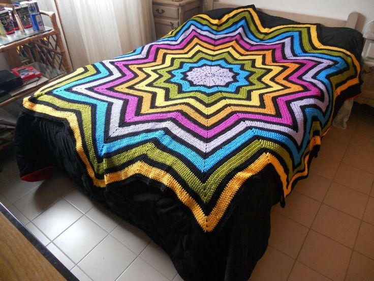 17 best images about colchas cobijas tapetes mantas on - Colchas tejidas a crochet ...