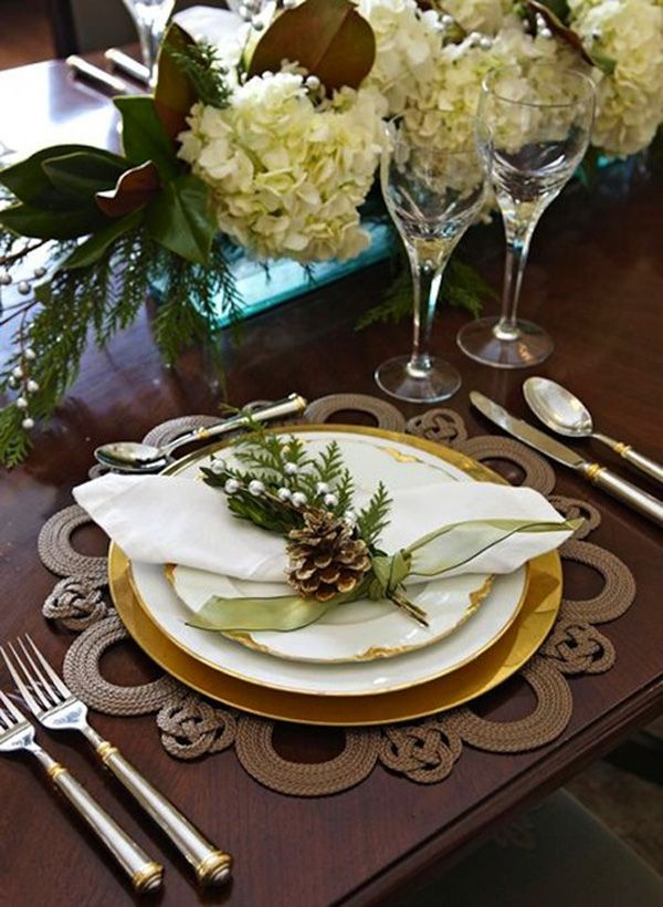 15 Modern Christmas Table Setting Ideas