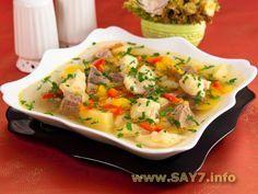 Суп с клёцками //1 яйцо, 50 мл молока, соль, мука (около 5 столовых ложек с верхом)// Тесто должно быть не жидким, но и не густым.