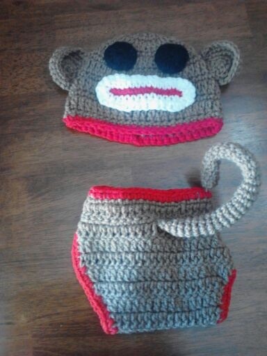 Must make one! I don't care if I don't have kids! I'll find some random stranger to give it to!: Idea, Sock Monkeys, Kid