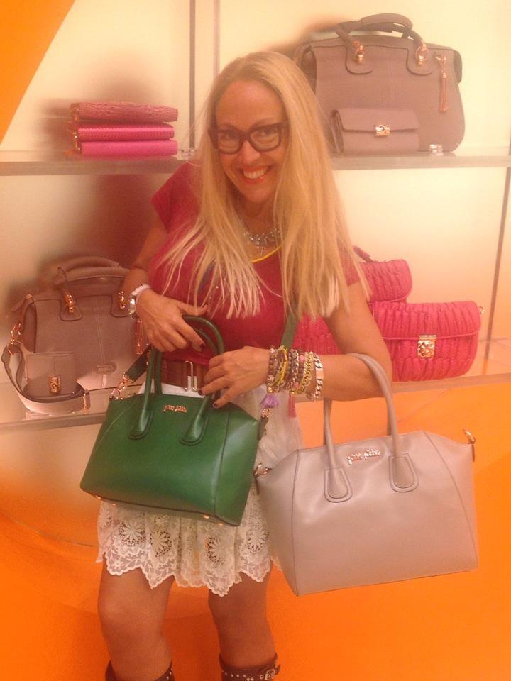 Popular Greek stylist Alexandra Katsaiti choosing Folli Follie K Vintage handbags!