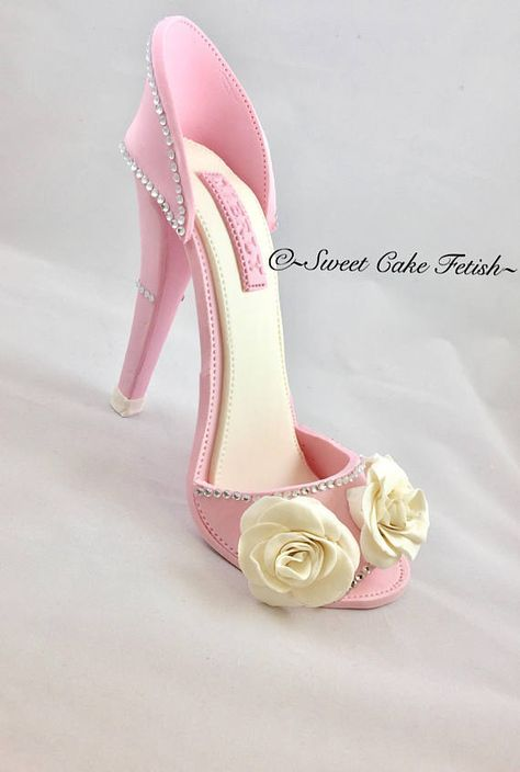Fondant High Heel Shoe Cake topper Gumpaste shoe topper Fondant shoe High heel topper Birthday cake topper Gumpaste high heel Fashion Description: You don't have to be a master baker to turn any cake into a work of art. All you need is the right accessories to pipe some life into