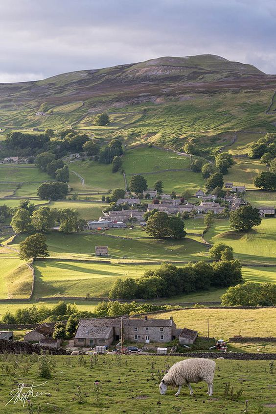 England Travel Inspiration - Yorkshire Dales, England
