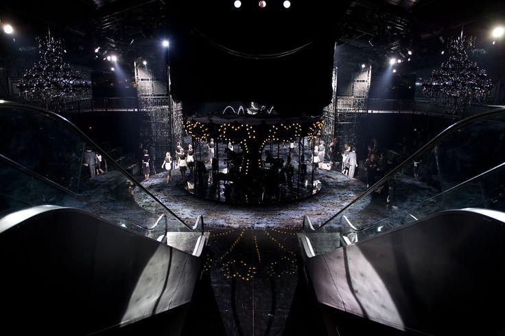 Marc Jacobs – Louis Vuitton : Black Swan Song