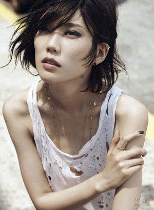 中性的な美貌♡モデル岡本多緒