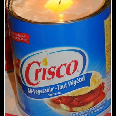 Photo: Crisco Candle for emergency situations. Simply put a piece of string in a tub of shortening, and it will burn for up to 45 days. (We do not recommend Crisco for consumption) www.homesteadingsurvivalism.com