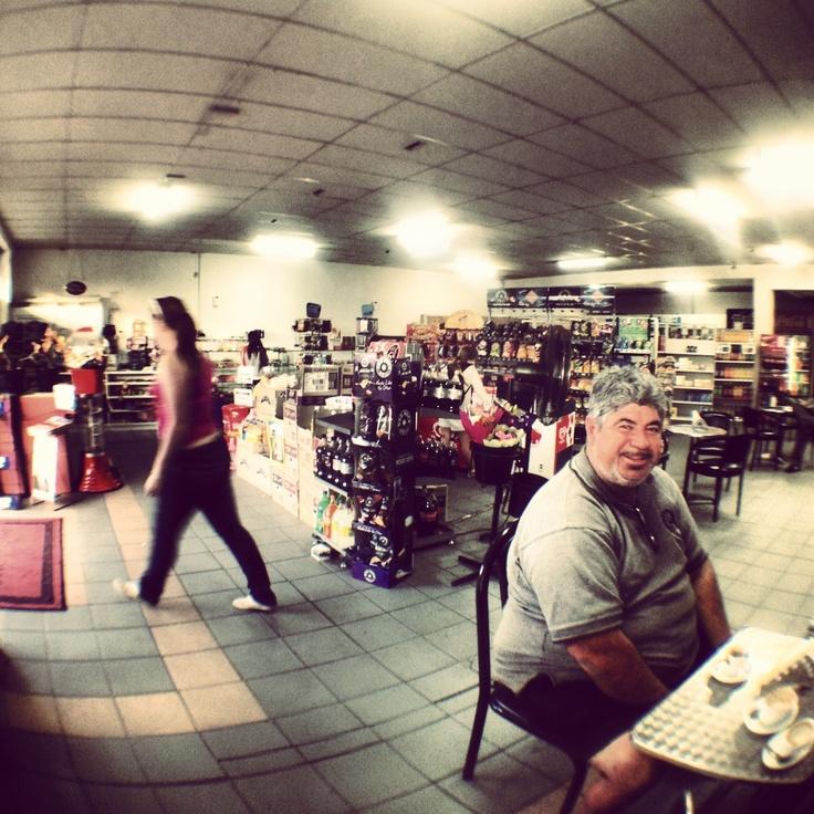 Leo's On Farmborough - best coffee on the South Coast. Farmborough Heights, Wollongong, NSW