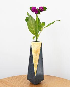 Studio Fiveo3 Geometric Vase Small Black Gold 2