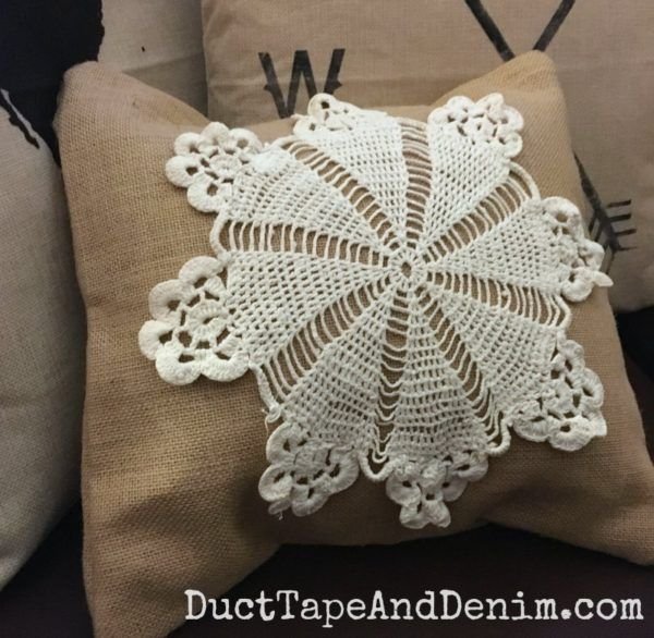 DIY burlap and doily throw pillow | DuctTapeAndDenim.com