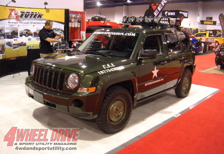 pretty close to what I wanna get... tricked out Jeep Patriot. Just needs a nice set of rims and a brush guard. Mmmm  mmm