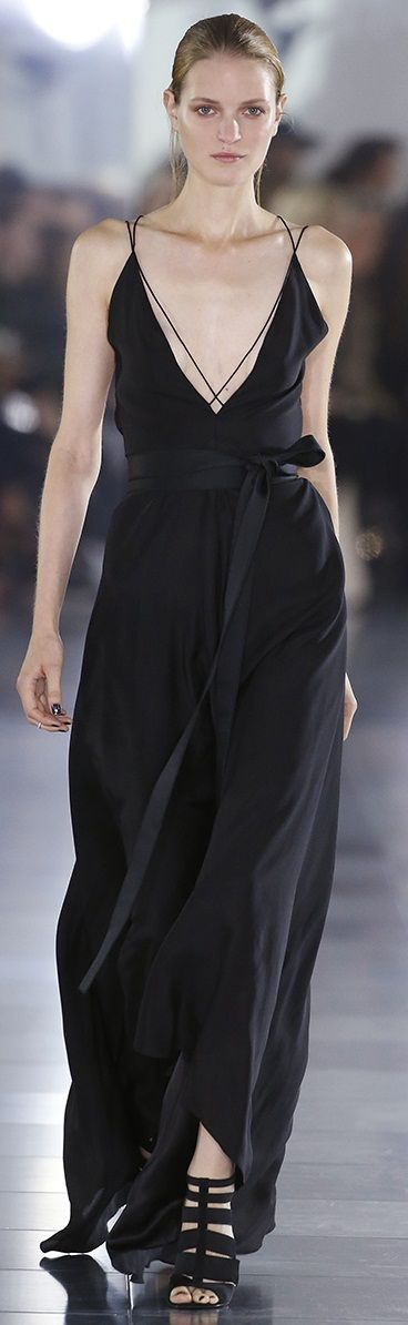 Amanda Wakeley S/S 2016 Ready-To-Wear.