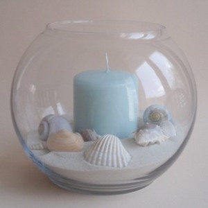 cuuute for a beach wedding (not mine) Maybe similar with pebbles and small flowers..?