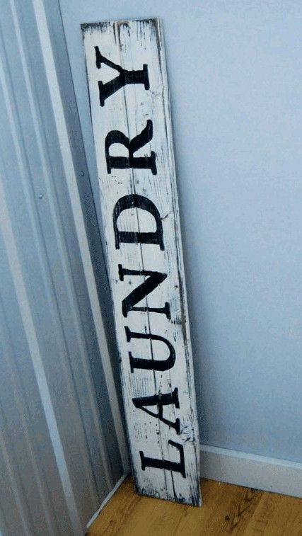 How to make an antique sign.  I LOVE vintage stuff. Now I can create the look for less