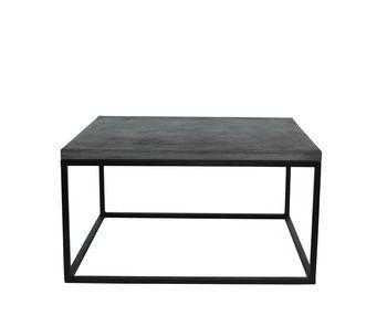 Soffbord med yta av len pinpolerad betong och metallunderrede.