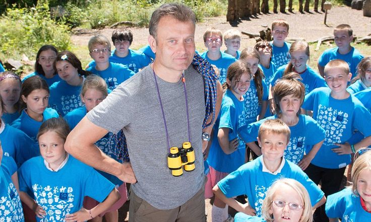 Hugh Dennis launches campaign to get kids playing outside