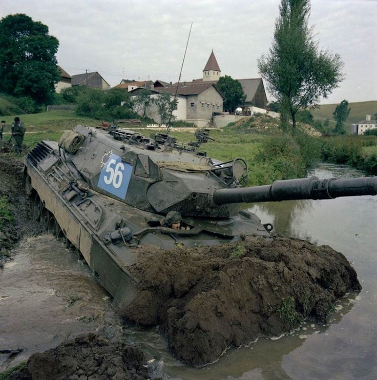 Exercise Certain Rampart 80. West Germany. CF Leopard tank forging river. DND photo