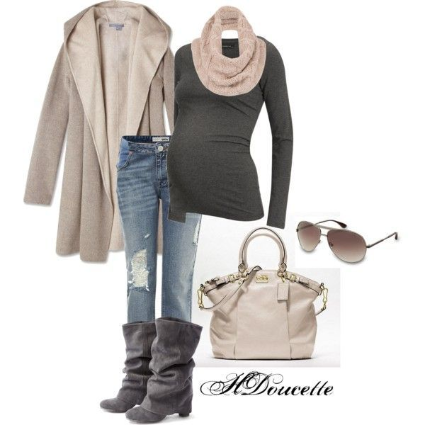 Neutrals for cute and casual for Winter maternity style