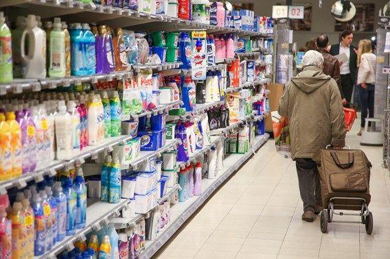 Geld besparen? Koop mannenspullen: Vrouwen betalen systematisch meer voor dezelfde spullen dan mannen. Een Amerikaanse studie brengt het fenomeen nu dui...