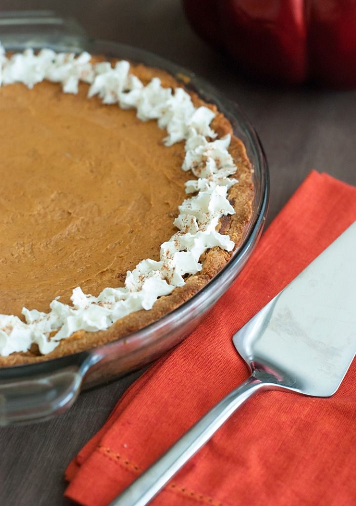 Low Carb Pumpkin Pie - Absolutely delicious and perfect for Fall! Crust 2¼ cups almond flour ½ teaspoon salt 4 teaspoons sweetener 3 tablespoons butter, softened 1 egg Filling 2 cups pumpkin puree 1 cup heavy cream ¾ cup sweetener 2 teaspoons vanilla extract 1 tablespoon pumpkin spice ½ teaspoon cinnamon ½ teaspoon salt 2 eggs