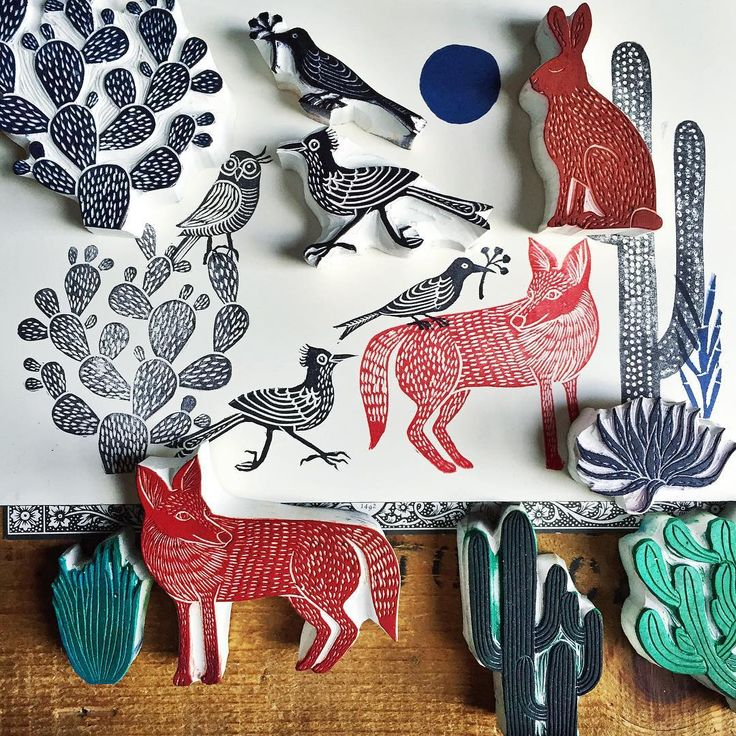 The desert flora & fauna hand carved stamp collection is growing  La colección de sellos tallados a mano de la flora y fauna del desierto está creciendo