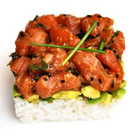 Do you love sushi but hate the hassle of making it yourself? This recipe is simple and tastes just like a spicy salmon roll