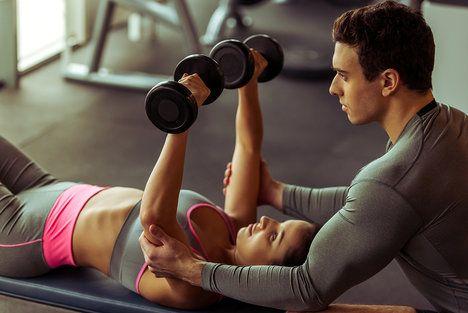 Střídejte silové i kardio cvičení, a nezapomínejte ani na dny volna; George Rudy, Shutterstock.com