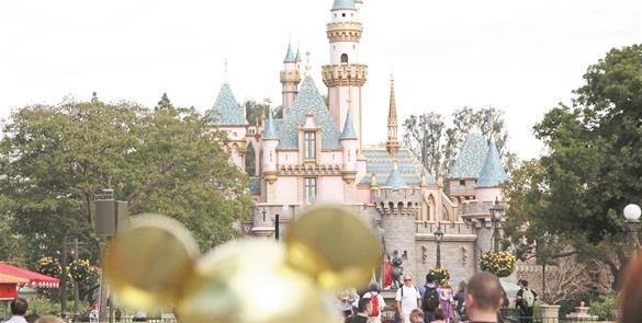 Disney sube el precio de entrada a sus parques.