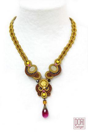 Juno Unique Necklace