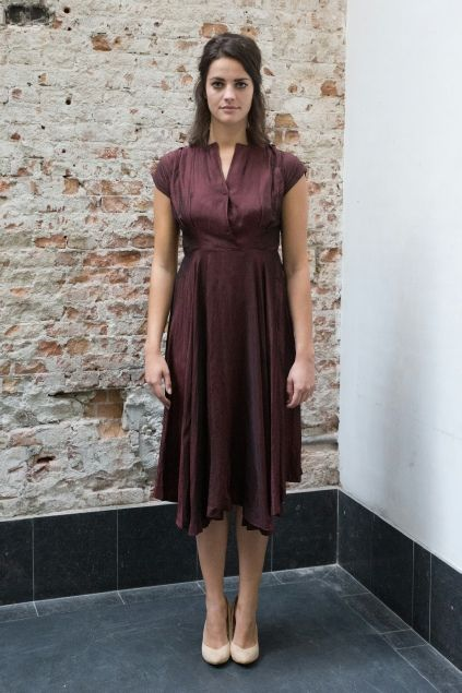 Donker rode jaren 50 jurk