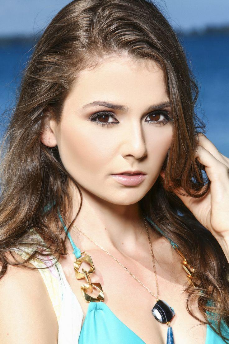 Baño Grande Puerto Rico:fotos oficiales en traje de baño rumbo al Miss Universe Puerto Rico