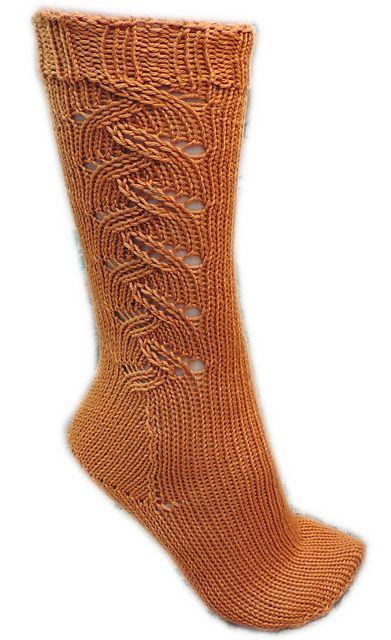 Ravelry: Ziggy's Toe-Up Socks pattern by Moira Engel