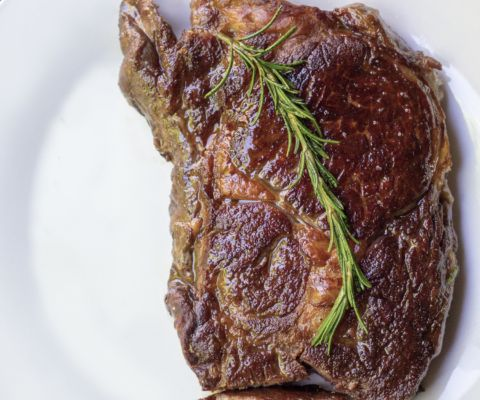 Here are step-by-step instructions to cook the PERFECT ribeye steak - PLUS my ALDI Steak Review!