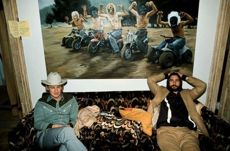 159 | Os irmãos Owen e Luke Wilson, durante as gravações de Os Excêntricos Tenenbaums (2001)