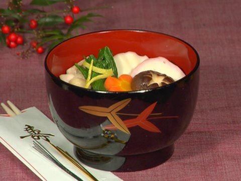 How to Make New Year Ozoni Soup お正月のお雑煮の作り方 - http://thehowto.info/how-to-make-new-year-ozoni-soup-お正月のお雑煮の作り方/