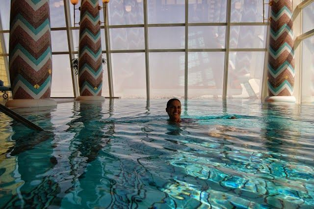 Visto e Turismo em Dubai com Guia: Suite de luxo no Hotel 7 estrelas DUBAI