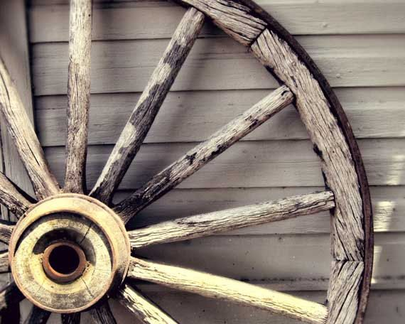 Rustic Antique Wagon Wheels Wheel Photo Decor Wooden Home