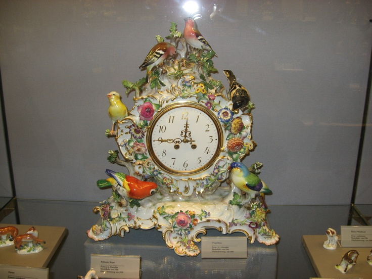 Meissen porcelain clock! I would die to have this!!