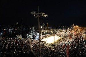 Assistez à la finale durant votre location vacances Marseille : la nuit promet d'être chaude sur le vieux port !