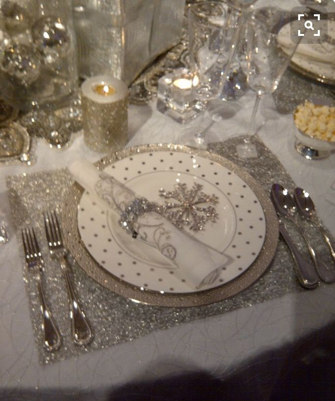 Holiday Place Settings: Best 25+ Christmas Place Setting Ideas On Pinterest