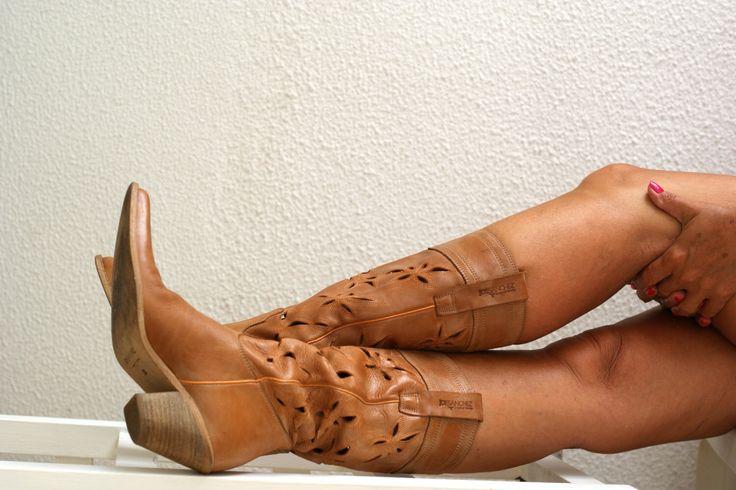 Vintage cowboy boots. Women's cowboy boots. by JungleArmoire on Etsy Joe Sanchez  https://www.etsy.com/listing/455614796/vintage-cowboy-boots-womens-cowboy-boots