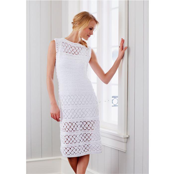 Er du ferm på hæklenålene, så er den smukke kjole måske dit næste hækleprojekt?