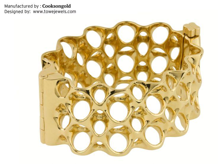 3D printed gold bracelet by Cookson Precious Metals UK #3dPrintedJewelry