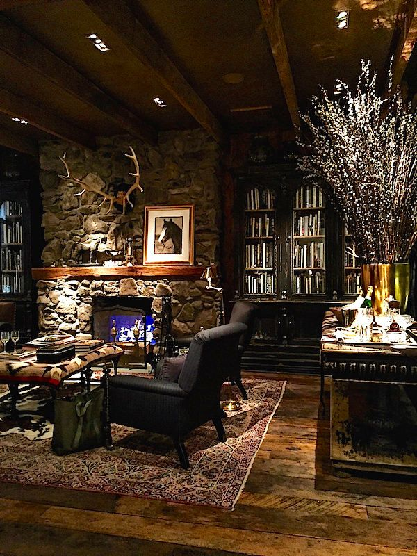 Best 25+ Lodge Style Ideas On Pinterest | Lodge Style Decorating, Cabin On  The Lake And Rustic Outdoor Fireplaces Part 92