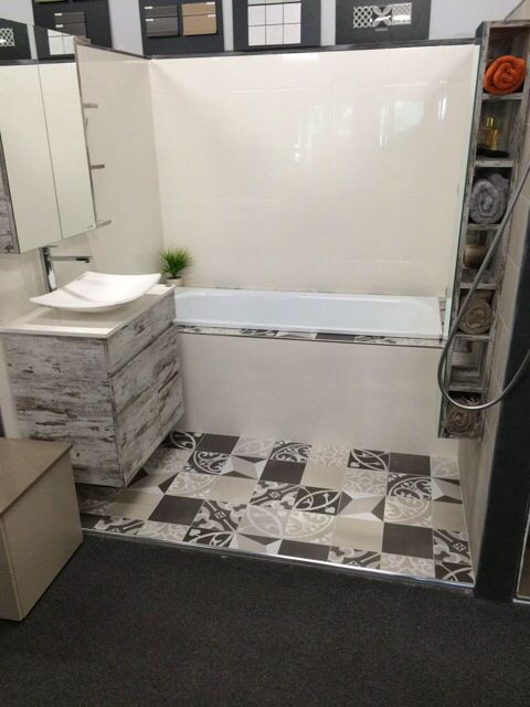 New vintage display coming along nicely, just a few more finishing touches to do. Lolli vanity, Glacier shaving cabinet, Florida wall storage cabinet from ADP and is Australian Made. Fedra bath from Gala made in Spain. Madrid and Artisan tiles from Southern Cross Ceramics. #vintage #retro #tiles #bath #vanity #artisan #madrid #southerncrossceramics #adp #gala #australianmade