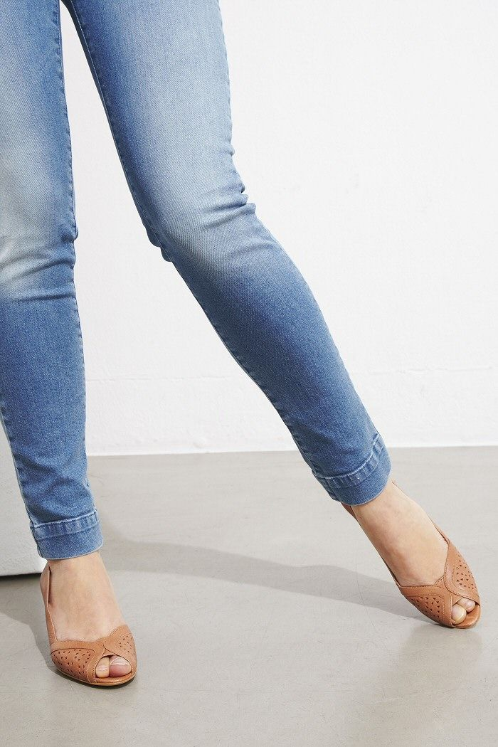 Sessun jeans Stoneford slim bleu clair #sessun #jeans #slim #escarpins #pumps #totem #shoes #ootd #lookdujour #fashion